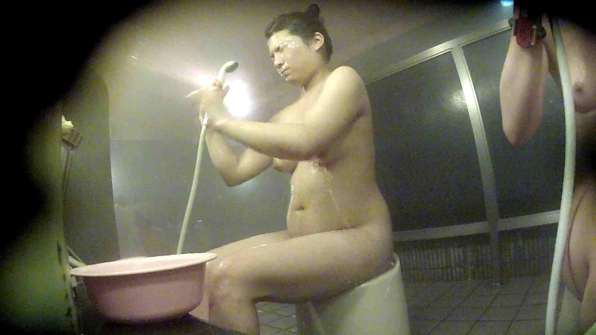 ヤリマンのオマンコ:洗い場!豪快な顔、豪快なボディ、豪快な胸!:怪盗ジョーカー