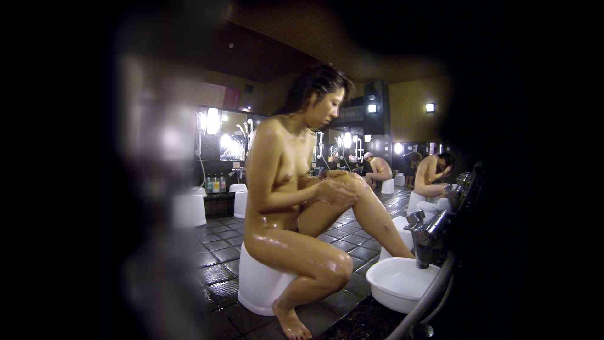 ヤリマンのオマンコ:洗い場!綺麗に整えられた陰毛に嫉妬します。:怪盗ジョーカー