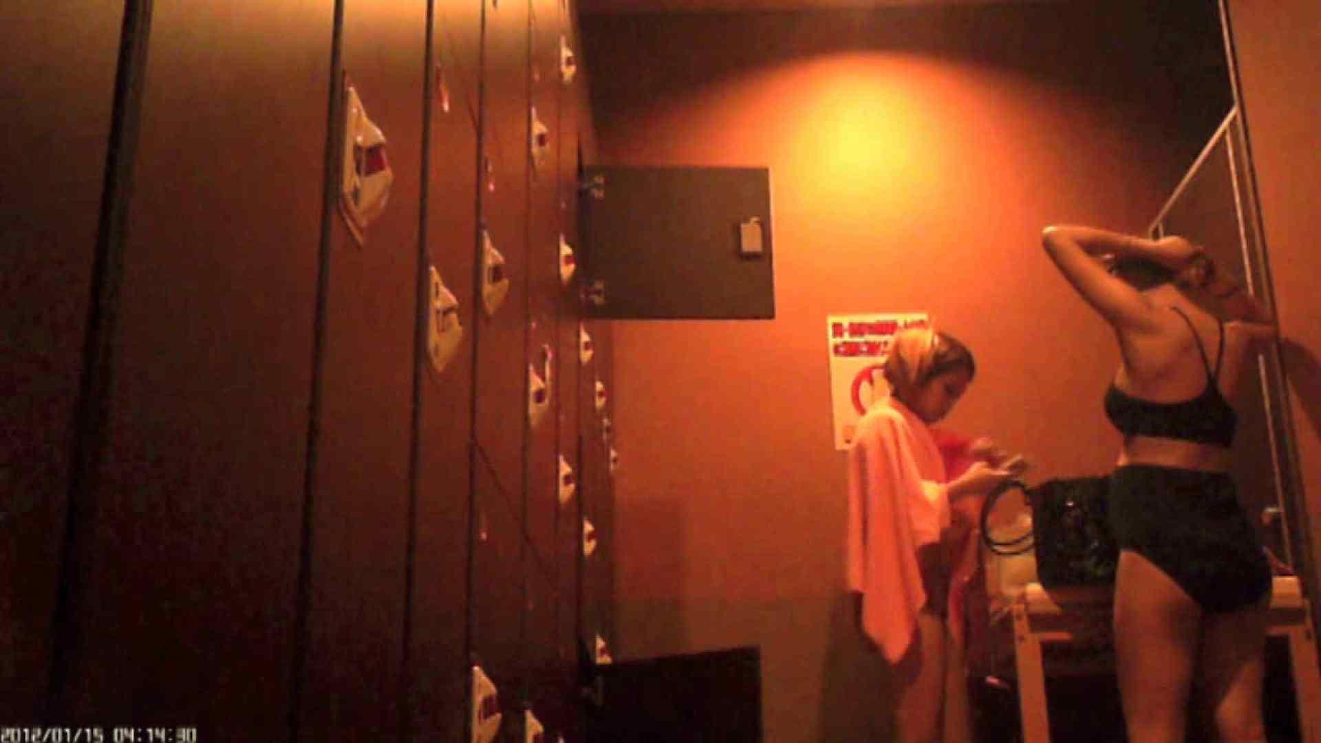 ヤリマンのオマンコ:現役ギャル盗撮師 hana様の女風呂潜入撮!Vol.4:のぞき本舗 中村屋