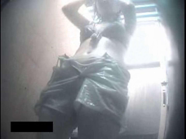 ヤリマンのオマンコ:夏女盗撮!シャワールーム全身撮り:のぞき本舗 中村屋