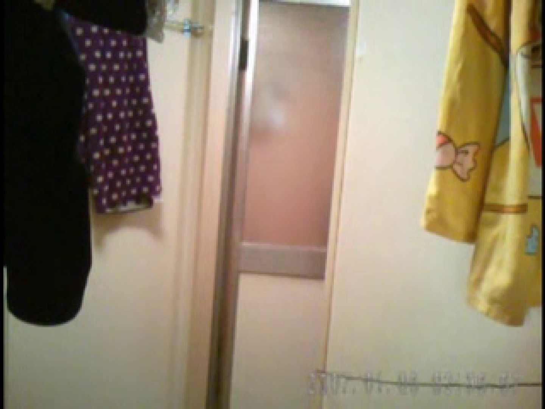 父親が自宅で嬢の入浴を4年間にわたって盗撮した映像が流出 流出作品 ヌード画像 108pic 26