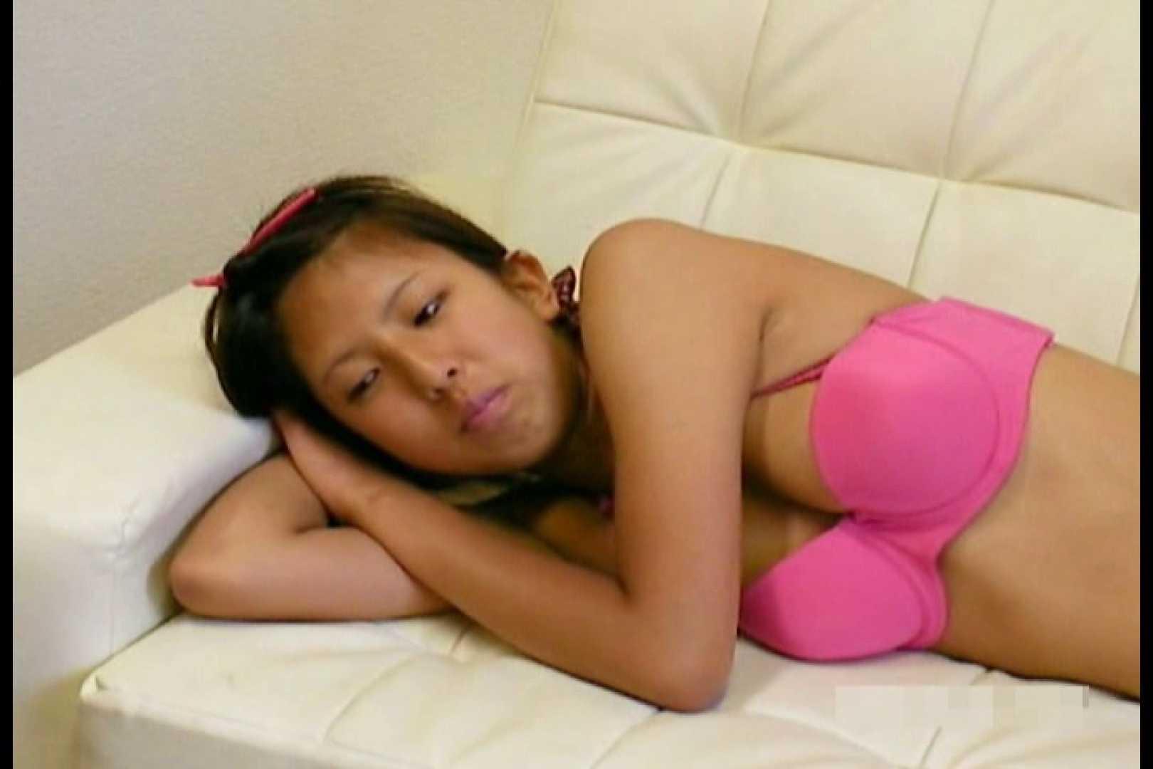 素人撮影 下着だけの撮影のはずが・・・エミちゃん18歳 隠撮   盗撮  107pic 55