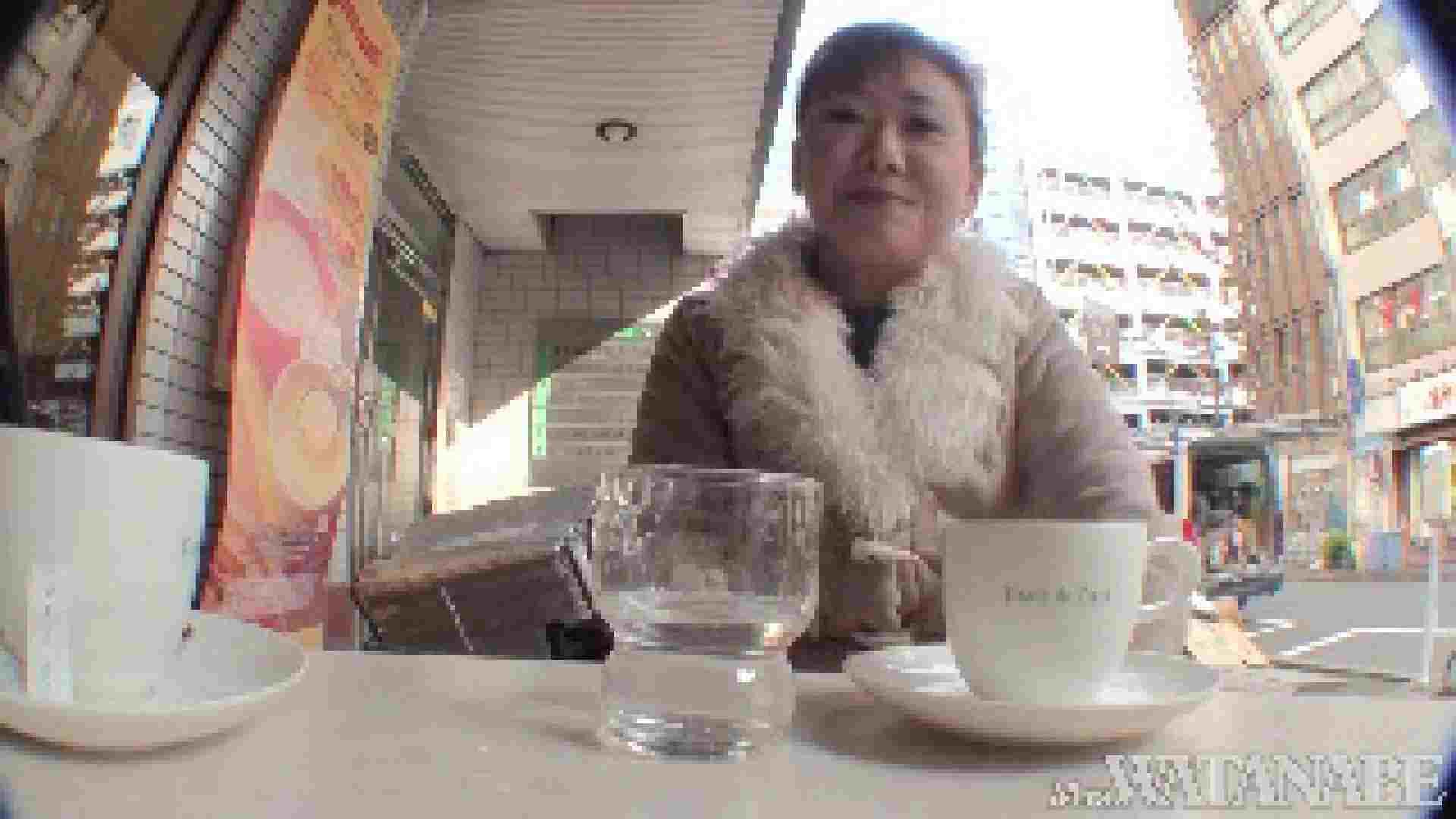 撮影スタッフを誘惑する痴熟女 かおり40歳 Vol.01 隠撮   素人  73pic 29