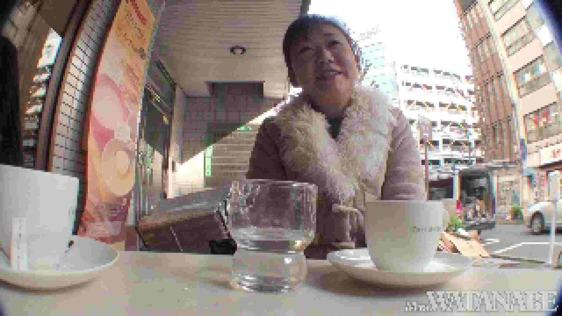 撮影スタッフを誘惑する痴熟女 かおり40歳 Vol.01 隠撮   素人  73pic 37