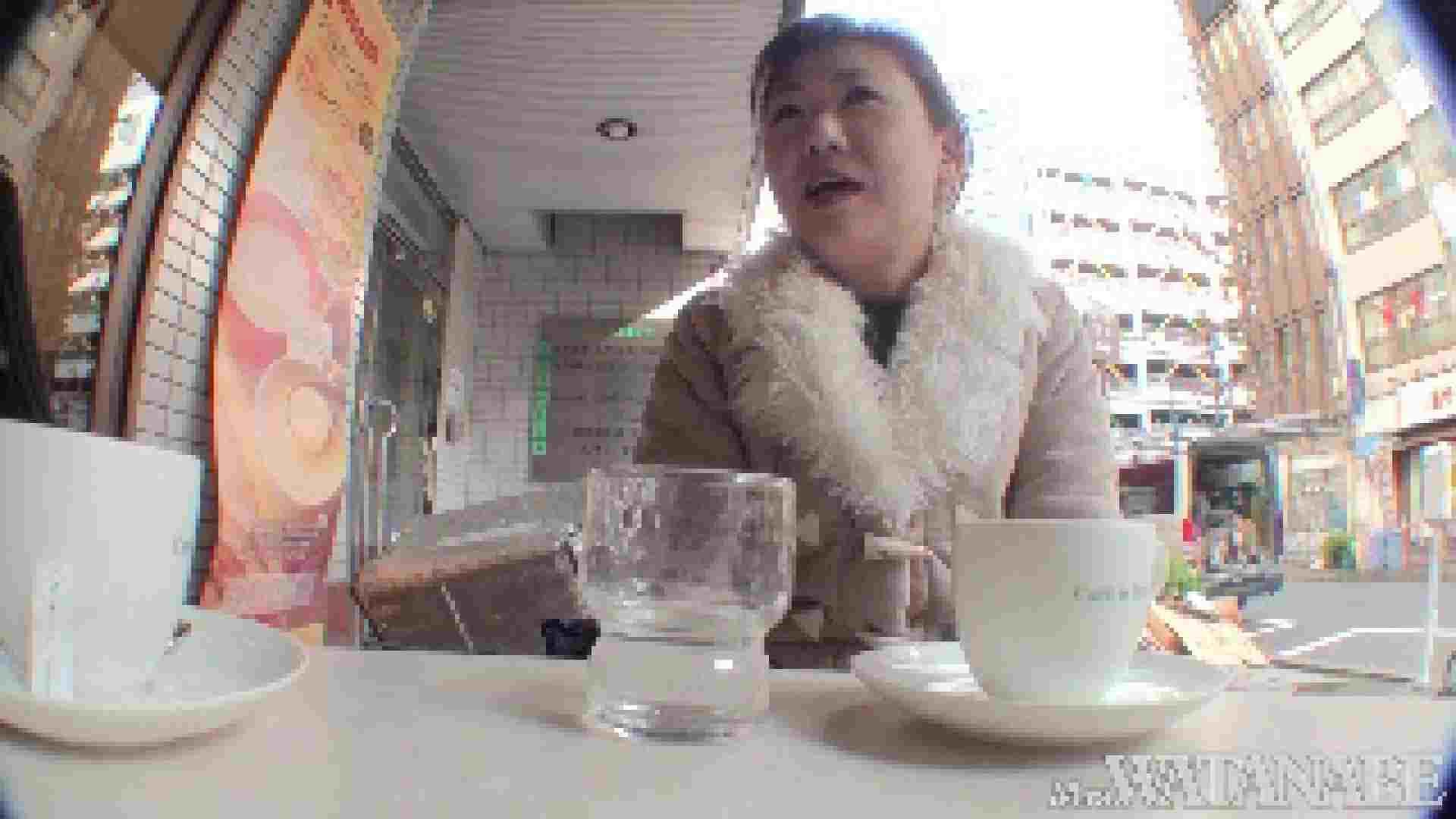 撮影スタッフを誘惑する痴熟女 かおり40歳 Vol.01 隠撮   素人  73pic 61