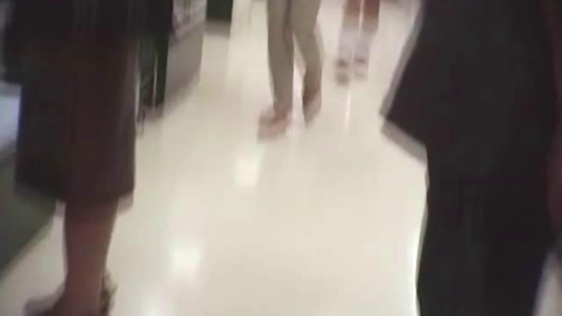 真剣に買い物中のgal達を上から下から狙います。vol.06 チラ系 SEX無修正画像 102pic 65