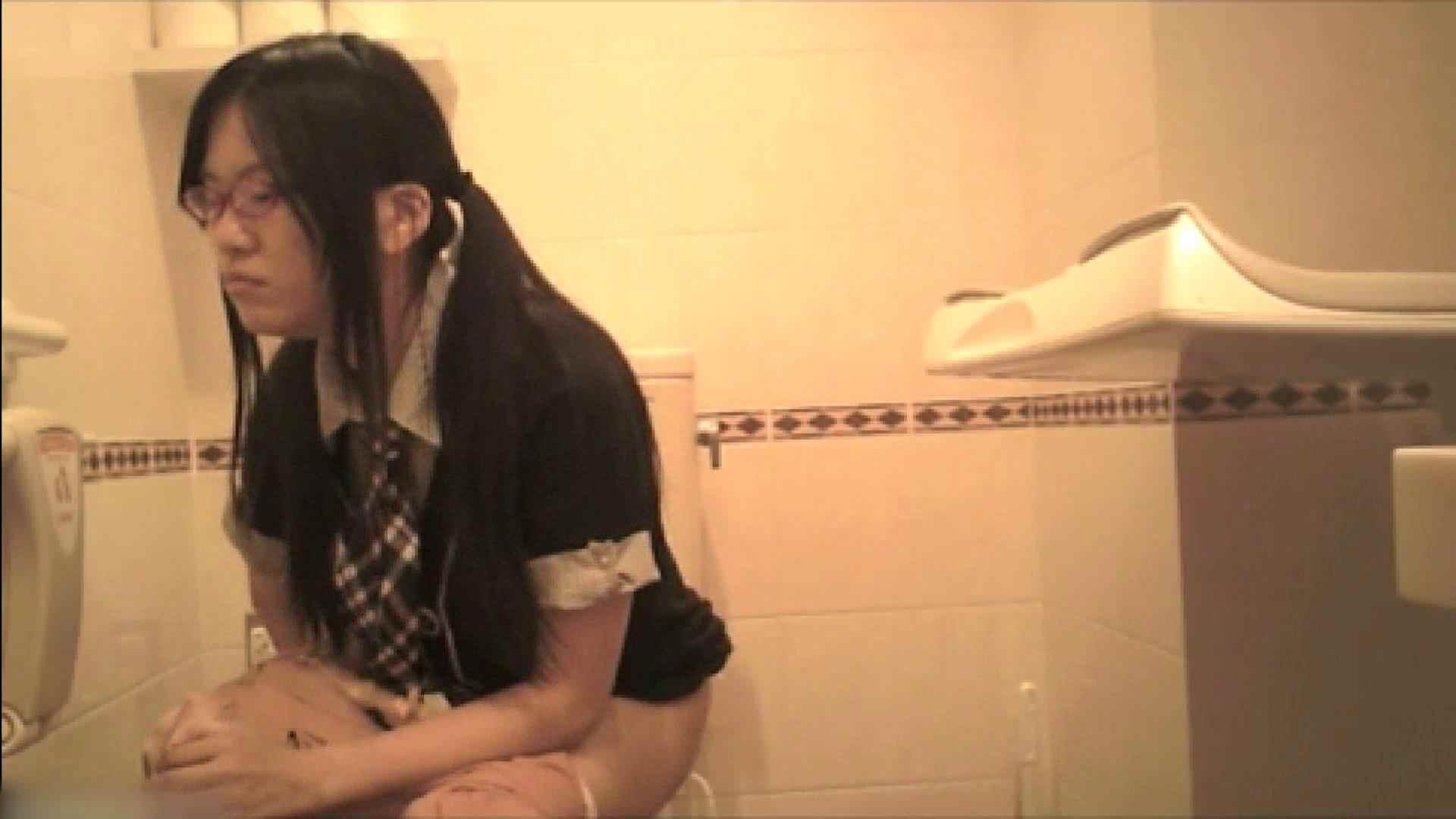 ヤリマンのオマンコ:実録!!綺麗なお姉さんのトイレ事情・・・。vol.19:ピープフォックス(盗撮狐)